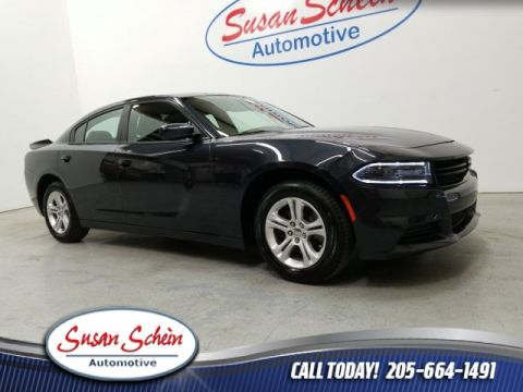 Pre-Owned 2019 Dodge Charger SXT RWD 4D Sedan